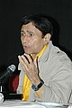 Veteran film star Dev Anand addressing a press conference at Black Box, Kala Academy on the occasion of 37th International Film Festival of India (IFFI-2006) in Panaji, Goa on December 2, 2006 (1).jpg