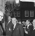 Vice president Lyndon B Johnson op stadhuis te Amsterdam ontvangen Burgemeeste, Bestanddeelnr 915-7103.jpg