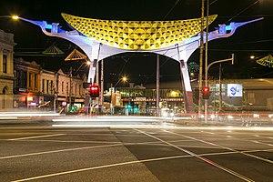 Victoria Street, Melbourne - Image: Victoria Street Gateway