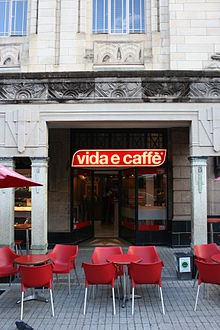 Vida e Caffè Green Market Sq.JPG