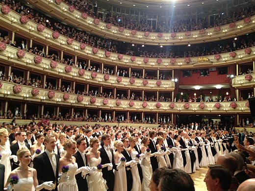 Debutants entry at the Vienna Opera Ball Vienna Opera Ball 27 February 2014 05.JPG