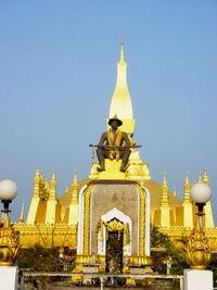 Đền Pha That Luang, một trong những địa điểm quan trọng nhất tại Viêng Chăn, Lào