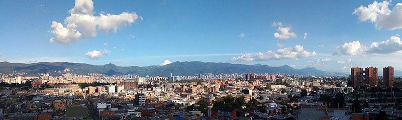 File:View of Easterh Hills, Bogotá.jpg