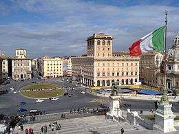 View of Piazza Venezia in Rome from Vittoriano.jpg