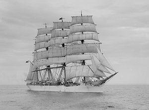 Viking (ship, 1906) - SLV H91.108-1463.jpg