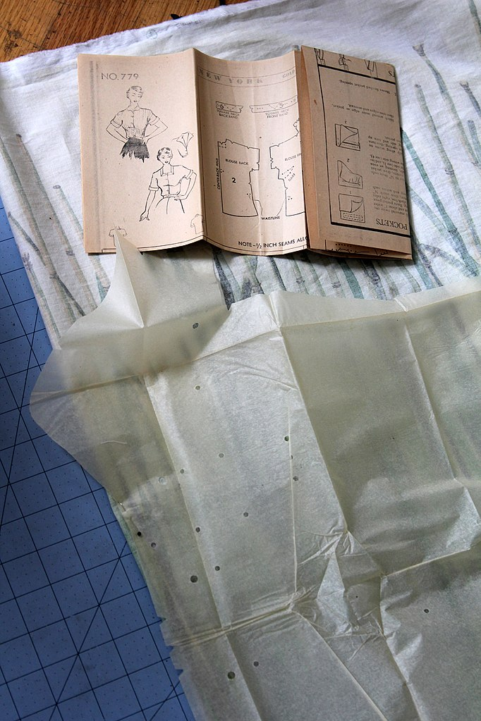 Filevintage Sewing Pattern Piecesg Wikimedia Commons