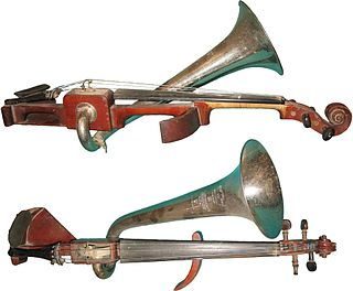 Stroh violin stringed musical instrument that is mechanically amplified by a metal resonator and horn attached to its body