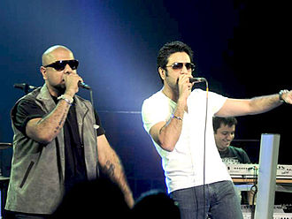 Vishal–Shekhar - Image: Vishal shekhar live hungama concert 1