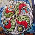 Vitoria - Murales del Casco Viejo, detalles de trencadís 4.jpg