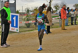 Cross Internacional de Soria - The 2006 winner Vivian Cheruiyot competing in Spain.