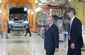 Fiat-Sollers - Putin visiting the Fiat-Sollers Naberezhnye Chelny plant in 2010
