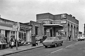 West Ealing - West Ealing station in 1978