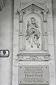 Wien-Innere Stadt - Reichsratsstraße 9 - Tafel Eduard Strauß und Relief.jpg