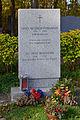 Wiener Zentralfriedhof - Gruppe 40 - Grab von Erika Mitterer-Petrowsky und Fritz Petrowsky.jpg