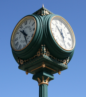Williamsport, Indiana - Image: Williamsport, Indiana clock