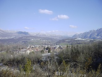 Yenne - A general view of Yenne