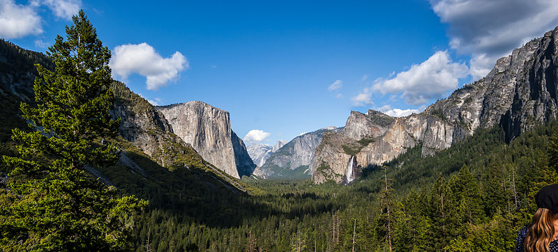 File:Yosemite Valley from Tunnel View.jpg