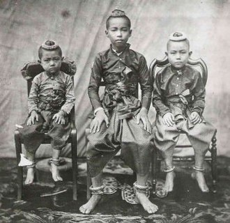 Chulalongkorn - Young Prince Chulalongkorn (center) and his 2 younger brothers
