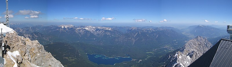 Zugspitze panorama2.jpg