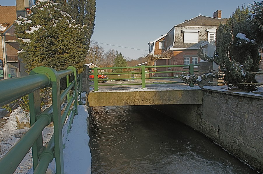 Dalhem,  Germany: Bridge of the N604 road  over the Bolland