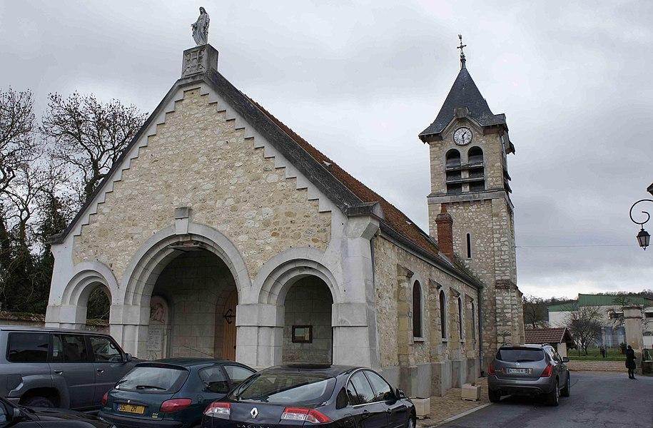 Vue de l'Église Jouy-les-Reims.