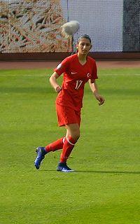 İpek Kaya French association football player
