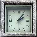 Дом Связи (часы). Курск.jpg