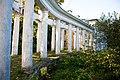 Колоннада в усадьбе Пехра-Яковлевское в г.Балашиха.jpg