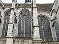 Контрфорсы церкви сен-Пьер - panoramio (2).jpg