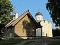 Церковь Св. Дмитрия Солунского (деревянная) и Церковь Св.Георгия.JPG