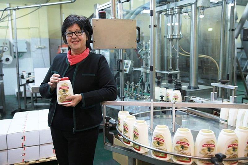 Julia Zaher, Geschäftsführerin von Al Arz Techina