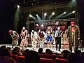 ممثلون و ممثلات مسرح.jpg