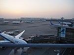羽田空港国際線ターミナル展望デッキから.jpg