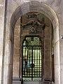 076 Generalitat de Catalunya, Saló de Sant Jordi, porta lateral.JPG