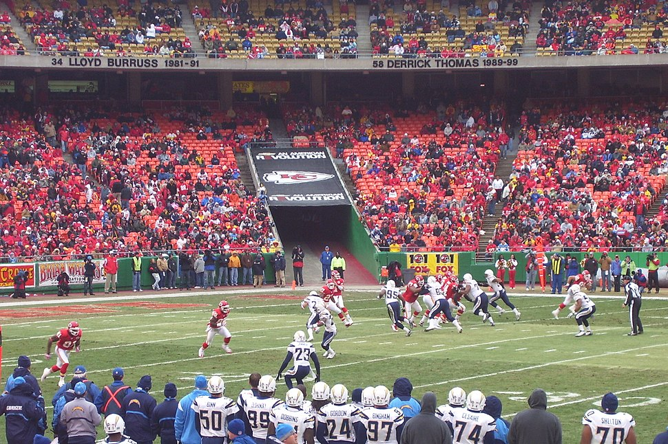 081214Chargers-Chiefs01