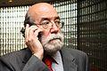 10-11-2009 Diputado Enrique Accorsi Opazo en casino con telefóno celular en oreja. Primerísimo primer plano..JPG