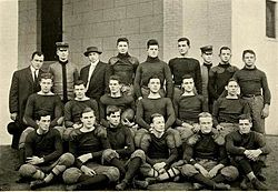 1909 VMI Keydets football team.jpg