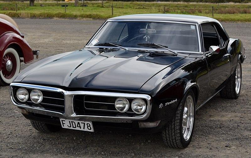 File:1968 Pontiac Firebird (13404299014).jpg