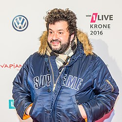 1LIVE Krone 2016 - 1700 - Roter Teppich - Oliver Polak-6261.jpg