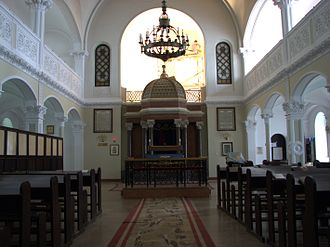 Nożyk Synagogue - Interior of the synagogue