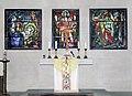 20070510025DR Dresden-Trachau Apostelkirche Altar Bleiglasfenster.jpg