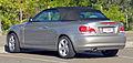 2008-2010 BMW 120i (E88) convertible (2010-05-19) 02.jpg
