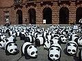 2013-08-30 Mainz Gutenbergplatz Theaterseite 50-Jahre WWF 1600 Pandas-on-Tour.jpg