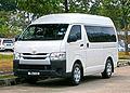 2014 Toyota HiAce Window Van (19110196074).jpg