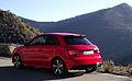 2015 Facelift Audi A1 Typ 8X 1.8 TFSI S tronic 141 kW Heckansicht Misanorot-Perleffekt Col de Braus.jpg
