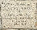 428 Plaque commémorative Beg Meil.jpg