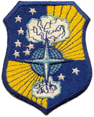 72d Air Base Wing - Cold War Emblem of the 72d Bombardment Wing