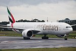 777-300ER EMIRATES SBGR (32698617700).jpg