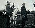 A.Smetona sako kalba, uznugary stovi KAM Ministras Balys Giedraitis, ant zirgo Generolas Petras Kubiliunas - Kopija.jpg