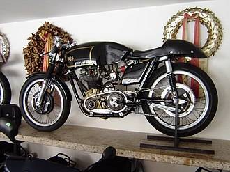 Café racer - A 1962 AJS 7R 350cc race bike, with features often imitated by café racers